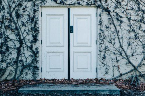 Скрытый смысл цвета вашей входной двери